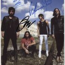 """Kings Of Leon FULLY SIGNED 8"""" x 10"""" Photo + Certificate Of Authentication  100% Genuine"""