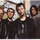 """Radiohead (Band) FULLY SIGNED 8"""" x 10"""" Photo + Certificate Of Authentication 100% Genuine"""