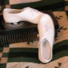 Size 5 *NEW* Tremaine Jazz dance shoe *White* SRP $34
