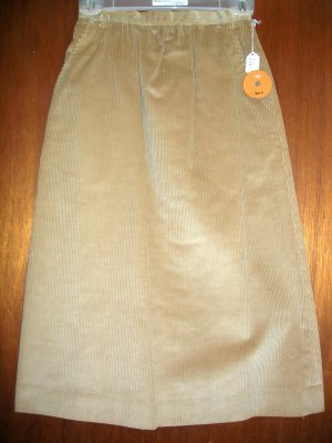 Size 4 Chaucer - wide whale corduroy skirt .... NWT SRP $30