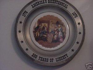 AMERICAS BICENTENNIAL COLLECTORS PLATE