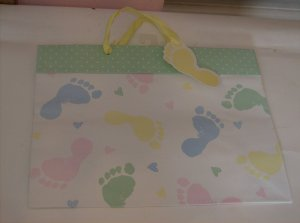 BRAND NEW CUTE BABY SHOWER GIFT BAG