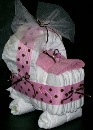 Bassinet diaper cake pink and brown polka dot baby girl - Decoration baby shower girl ...