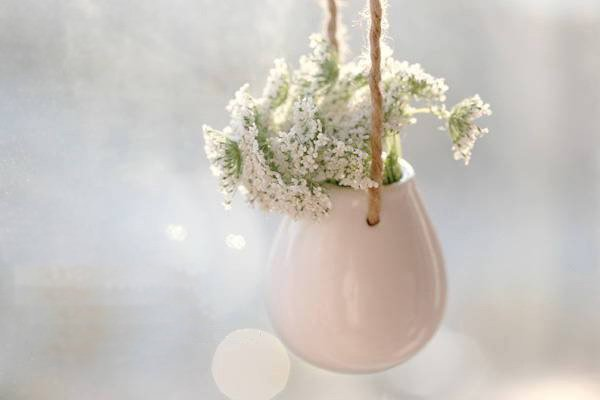 Porcelain Mini White Hanging Vase