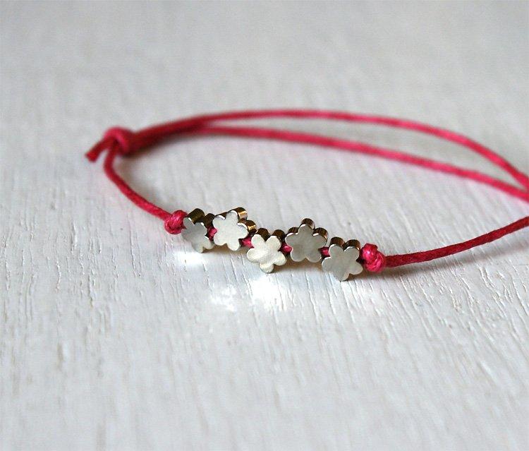 Little Flowers Bracelet or Flower Anklet -5 Flower beads (24 colors)