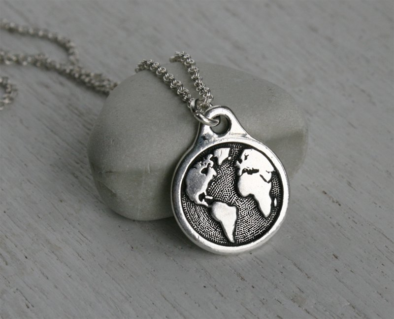 Globe Necklace / World Map Necklace / Earth Necklace