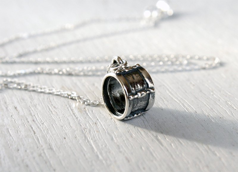 Sterling Silver Drum Necklace
