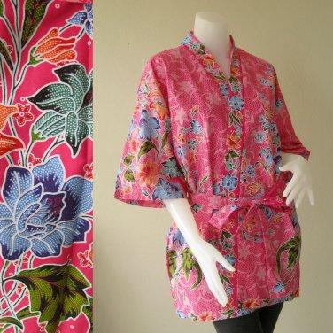 Blue Flowers on Pink Thai Batik Short Kimono Wedding Bath Robe S-L (R49)