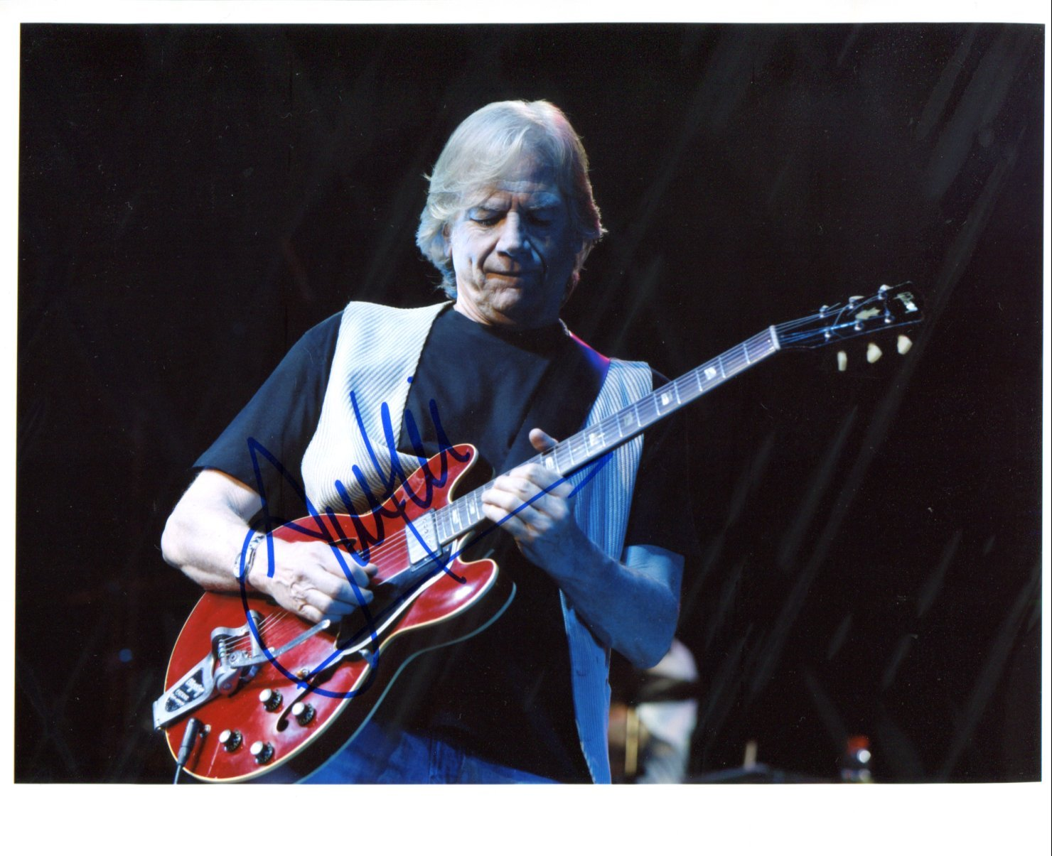 SUPERB JUSTIN HAYWARD (MOODY BLUES) SIGNED PHOTO + COA!!!