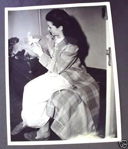 MARGARET O'BRIEN Original M.G.M. ON THE SET  Photo  MGM