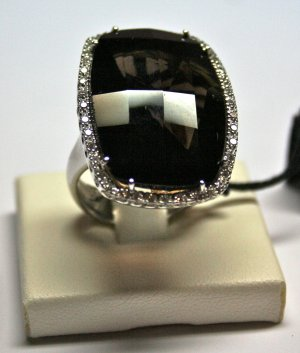MADE IN ITALY VALENZA 18K WHITE GOLD RING, WITH 6.10 KT SMOKY BROWN TOPAZ AND 1.00 KT DIAMONDS, NEW