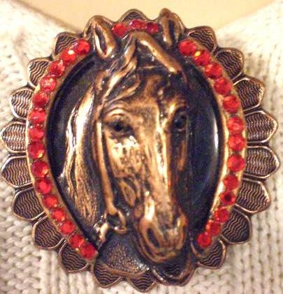 #P032 - Winners Circle Horse Pin