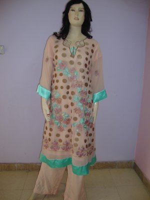 PAKAPPAREL :Sleeves and Kameez Daaman Style :08