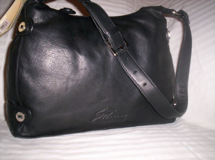 Stone Mountain Clearlake Leather Hobo Shoulder Bag in Black