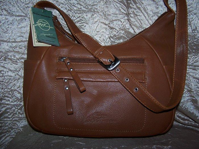 Stone Mountain Lakewood Leather Hobo Shoulder Bag in Medium Brown