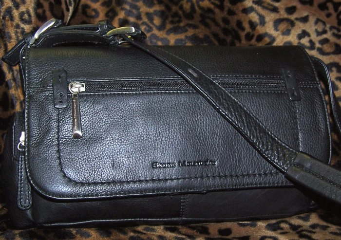 Stone Mountain Newbury Flap Leather Shoulder Bag in Black