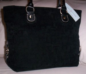 Tommy Hilfiger Snapped Up Velvet Logo Print Medium Tote Handbag in Black