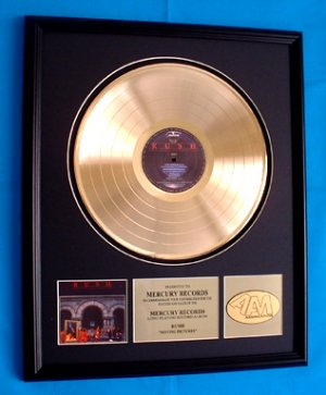 """RUSH GOLD RECORD AWARD """"MOVING PICTURES"""""""