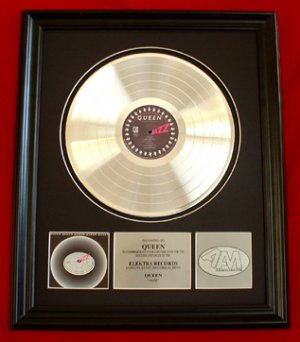 "QUEEN PLATINUM RECORD AWARD ""JAZZ"""