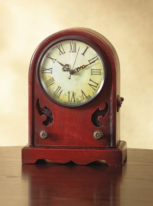 Wood Desk Clock, Resembles an Antique Radio.