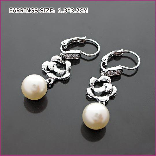 Shinning Crystal Pierced Earrings, Pierced earrings, Earrings