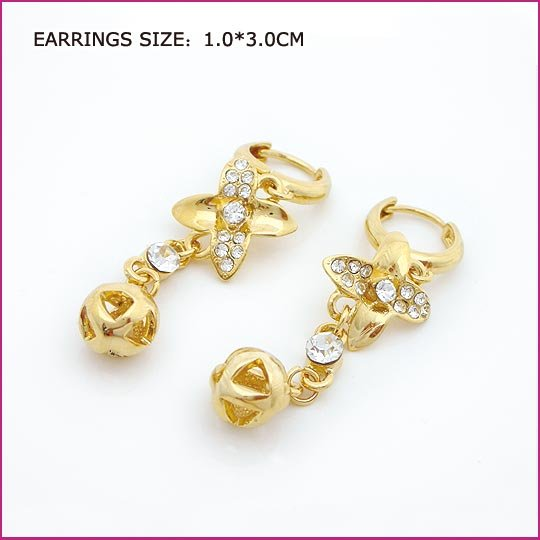 Golden Flower Pierced Earrings, Pierced earrings, Earrings