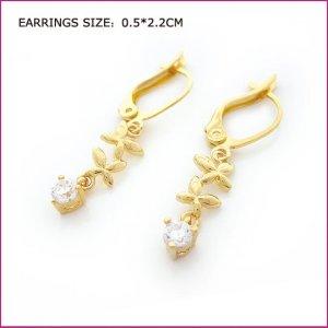 Golden Flower Zircon Pierced Earrings, Pierced earrings, Earrings
