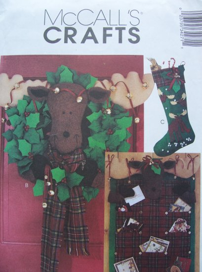 Mccall's Crafts Pattern 3427 - Moose Card Holder, Wreath and Stocking