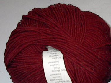 GGH Muench Merino Soft Superwash Wool Yarn 39 red, burgundy Loom Knit Crochet