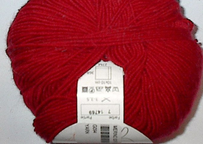 GGH Muench Merino Soft Superwash Wool Yarn 7 Red Loom Knit Crochet