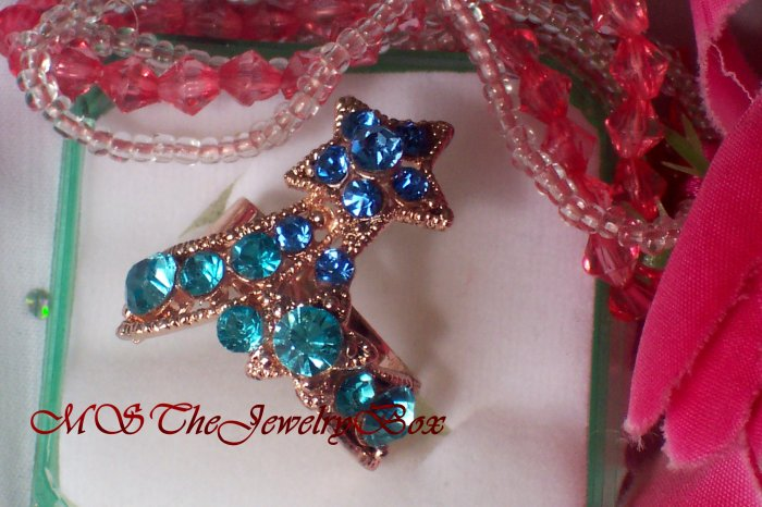 Large Blue / Turquoise Crystal Fashion Cocktail Ring Vintage Look