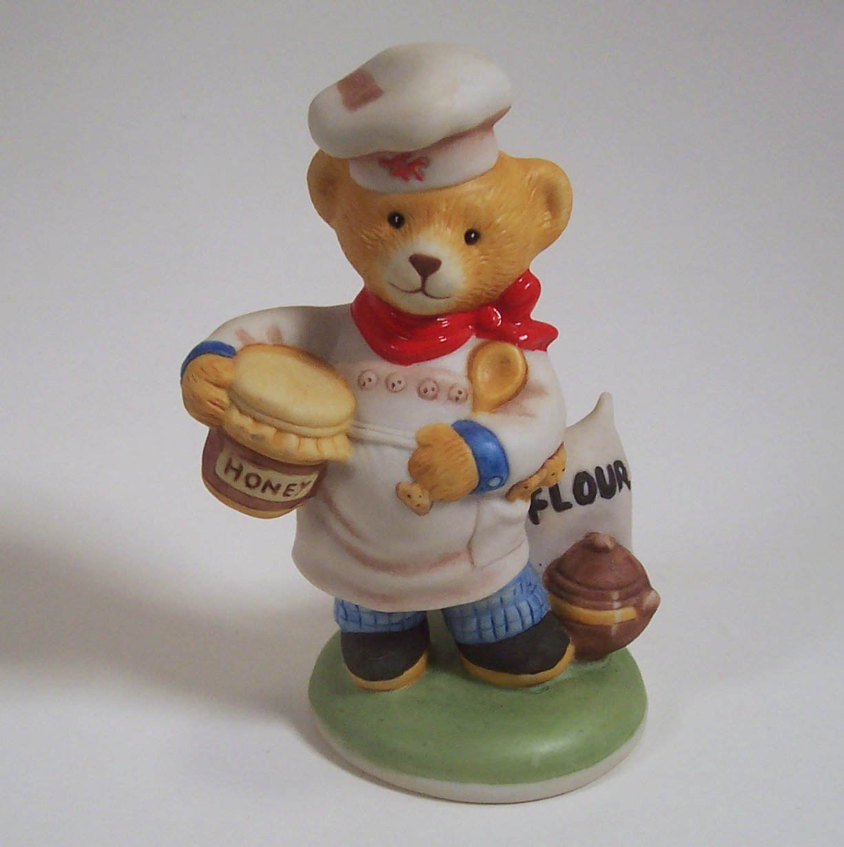 Chef Pierre Teddington Hotel 1986 Franklin Mint Porcelain Figurine