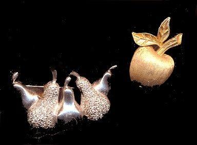 2 Lovely Fruit Pins - Apple & Pears, inc Avon