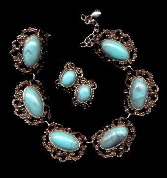 Silvertone & Blue Vintage Necklace & Earrings