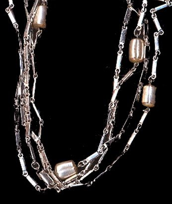 Sarah Coventry 'Flirty Fashion' 1960s Necklace