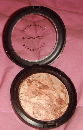 MAC Gold Spill MSF *FREE SHIPPING!