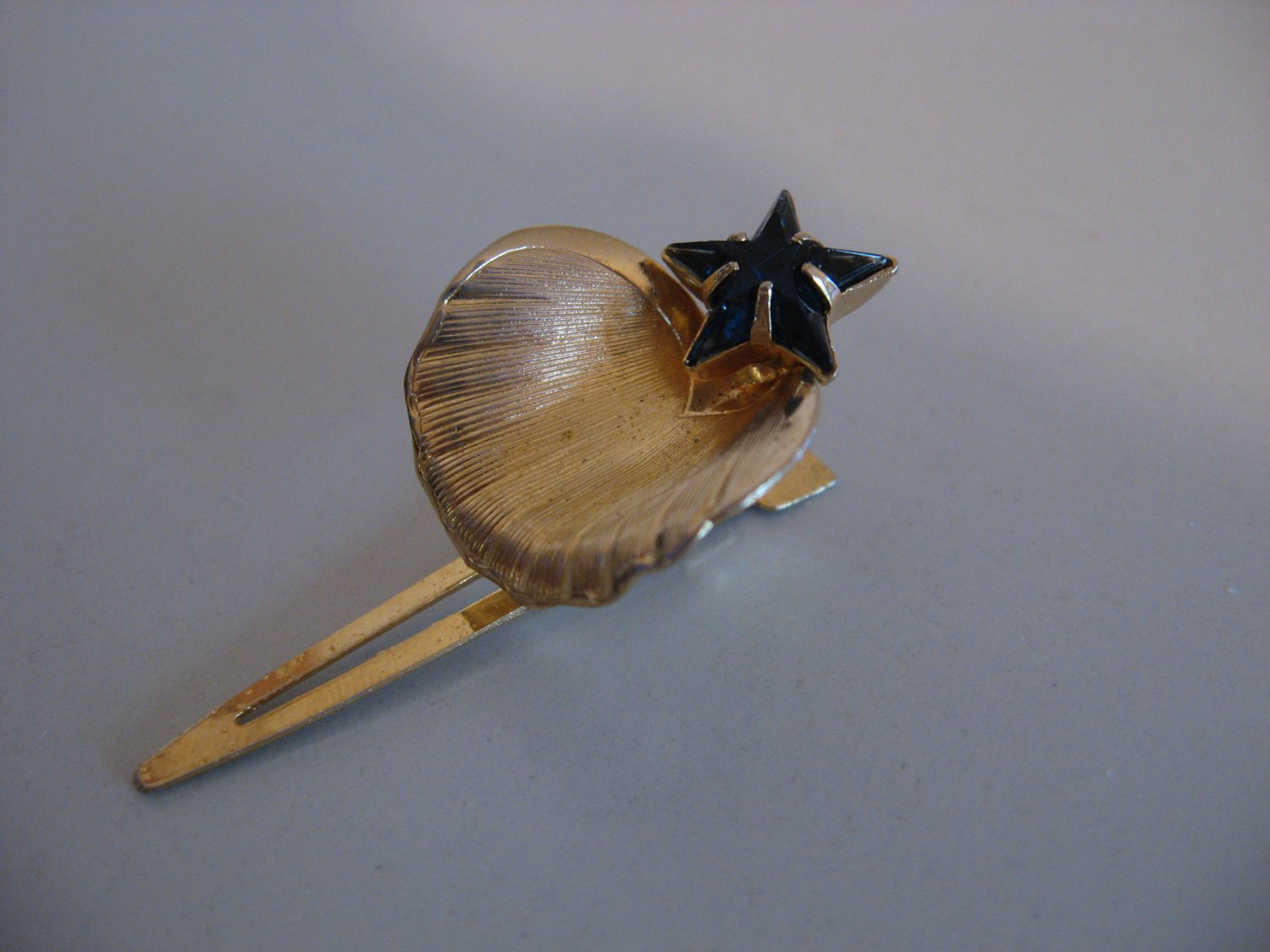 Gold Tone Blue Star Hat Pin