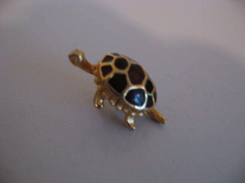 Gold Tone Purple Turtle Brooch