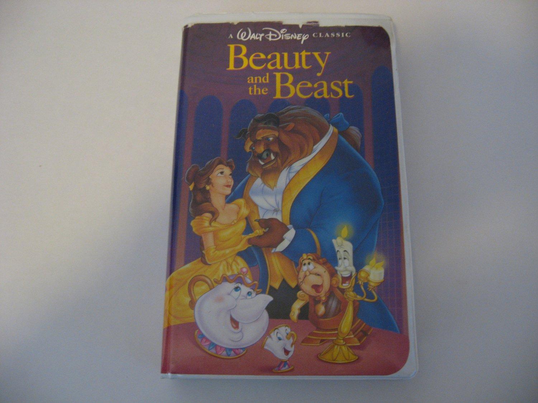 Walt Disney's Classic  -  Beauty And The Beast   (VHS)