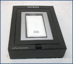 Guess Patent Leather iPod Carrying Case Nano TL444LL/A