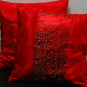 Pair Of Silk Decorative Pillow Case Cover Cushion Red With Fjoral Pattern