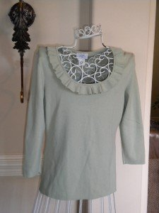 Ann Taylor Loft Sage Green Women Sweater Top Size M