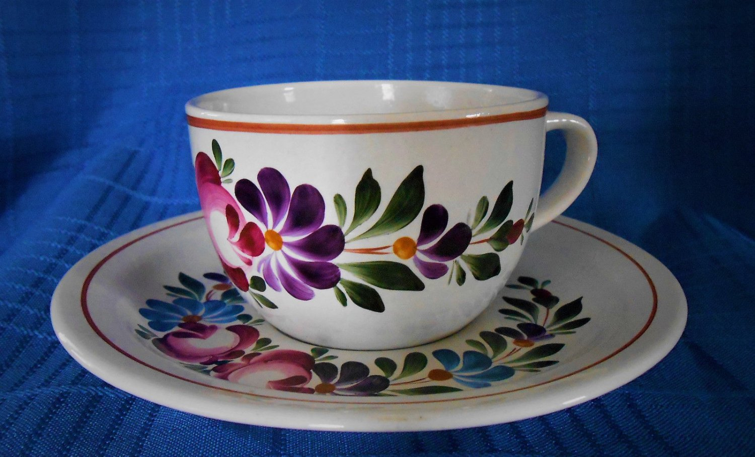 Italy Pottery Hand Painted Bb