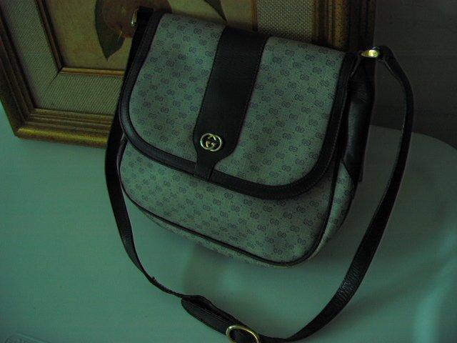 SOLD - AUTHENTIC GUCCI SIGNATURE HOBO BLACK GENUINE LEATHER ITALY - women's bag handbag purse