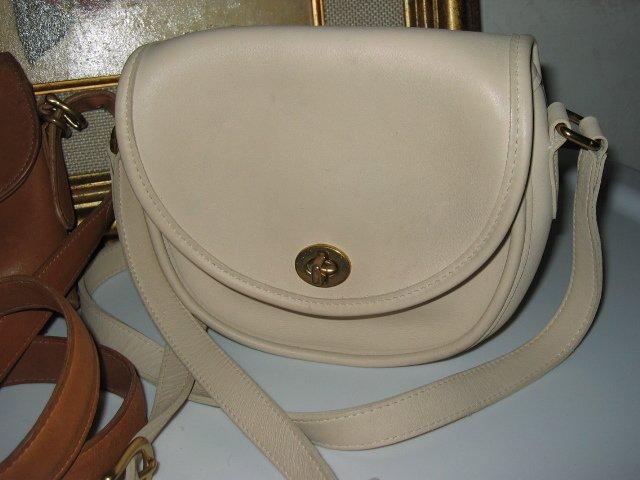 5.AUTHENTIC COACH WHITE ROUND WOMEN'S LEATHER HANDBAG BAG PURSE