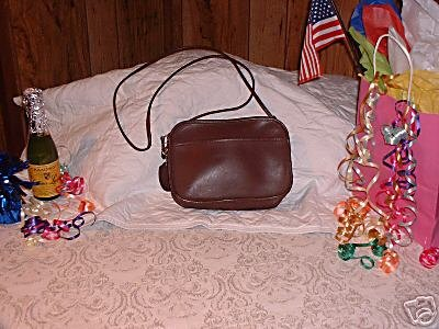 26.AUTHENTIC COACH BROWN BOXY WOMEN'S BAG LEATHER HANDBAG PURSE