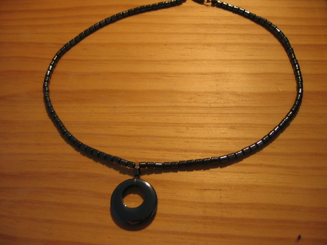 HEMATITE metallic stone beaded NECKLACE HANDMADE MOON SHAPE WOMEN'S JEWELRY silver platinum color