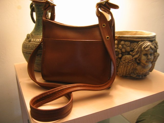 SOLD - AUTHENTIC JANICE LEGACY zip BROWN leather SIDE POCKET - COACH WOMEN'S HANDBAG PURSE BAG #12