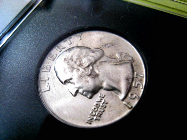 LOOK BU 1957 D silver Washington quarter coins paper money case hobby home garden collection