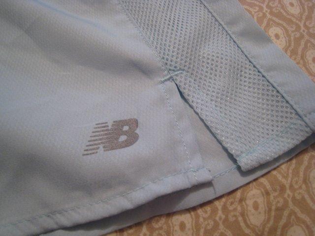 NEW BALANCE SHORTS CLOTHES WOMEN'S RUNNING JOGGING FITNESS EXERCISE AQUA BLUE LARGE L RETAIL $32